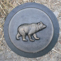 Bear stepping stone mold concrete plaster casting mould