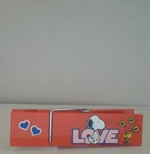 Vintage Peanuts Snoopy Love Large Clothespin Butterfly Nice Condition