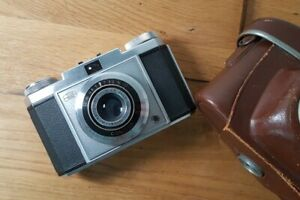 Vintage Camera Zeiss Ikon Contina Novar Anastigmat 45mm 3,5 + Tasche