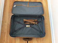 Vintage AMELIA EARHART gray Tweed/leather  Luggage Train 22X14X7 new with locks