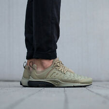 NIKE AIR PRESTO SE Running Baskets Gym Casual-UK 11 (EUR 46) NEUTRE D'OLIVE