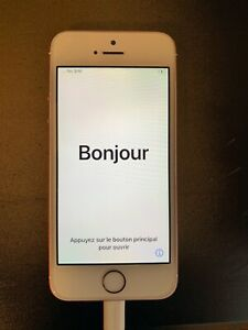 Apple iPhone SE 32GB (Unlocked) - Rose Gold
