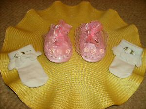 4 PC MATCHING PINK BABY SHOES & SOCKS WITH AUSTRALIAN CRYSTALS Nonslip 6 - 9 MO