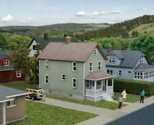 3888  Walthers Cornerstone Two-Story Frame House - Kit  N scale