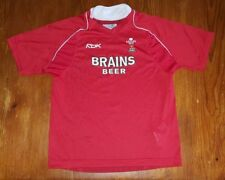 RBK (Reebok) WRU size JL Welsh rugby shirt with Brains logo on front