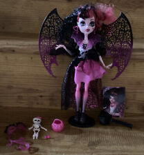Monster High Doll - Draculaura from Ghouls Rule  (2012)