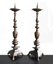 Paire de pique cierge en bronze XVIIème