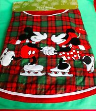 DISNEY PARKS MICKEY MINNIE ICE SKATING RED GREEN CHRISTMAS TREE SKIRT NEW
