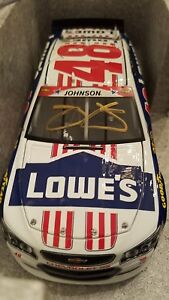 2015 JIMMIE JOHNSON #48 Autographed Lowe's Patriotic 1/24th 793 Produced