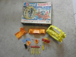 RARE VNTG IDEAL ZEROID SOLAR CYCLE MISSILE DEFENCE PAD PLAYSET,ORIG.BOX, ACCESS.