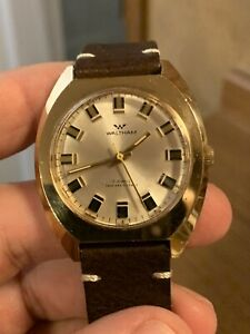 Vintage Waltham Watch Men's  - 17 Jewels -Swiss Wrist Watch Shock Resistant