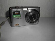 Ancien appareil photo numérique FUJIFILM 12 megapixels 5Xwide