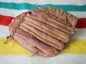 "Louisville Super Slugger Softball Leather Glove LPS8 13.5"" Player Series - LHT"