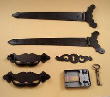 Truhenband 2 x, Truhengriff 2 x Schlüsselschild und Schloß - Set 6 teilig
