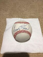 FRANK ROBINSON AUTOGRAPHED / SIGNED ONL BASEBALL