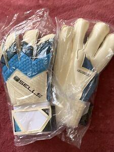 Goal Keeping Gloves - Sells