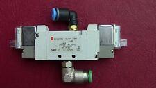 Distributeur  Pneumatique MAGNETVENTIL SMC SY522-5LOU-M5-Q 24V DC
