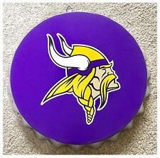 "Minnesota Vikings NFL LOGO BOTTLE TOP 13.5"" da appendere Wall Art Decoration"