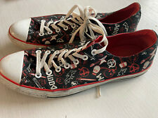 Converse Hard To Find Design, Mens size 12