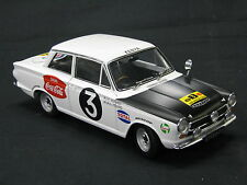 AutoArt Ford Cortina GT MKl 1964 1:18 #3  Huges / Young Safari Rally (MCC)