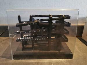 Horloge à billes, Roll O Clock, Ball Clock, plastique, XXe siècle