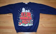 Vtg 1990s Peanuts Snoopy Doghouse Christmas Holiday Sweatshirt Shirt Blue L