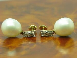 14kt 585 Yellow Gold Studs With Akoya - Pearl & 0,10ct Brilliant Trim/Earrings