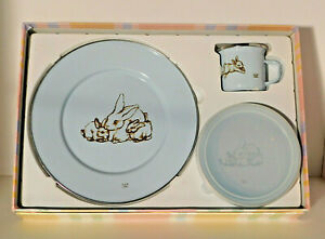 Golden Rabbit Enamelware Blue Bunny Family 3 Piece Childs Baby Dinner Set NIB