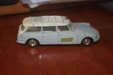 dinky toys citroen ds id 19 ambulance break 556