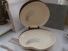 THREE DINNER PLATES BY CARLTON WARE IN WINDSWEPT PATTERN  PALE CREAM AND BROWN