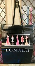 TONNER MINT LOT OF 2 SHOPPING BAGS FROM DOLL CONVENTION GREAT TO CARRY DOLLS