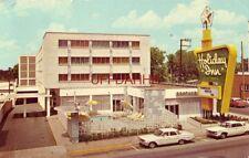 HOLIDAY INN (West End Ave) NASHVILLE, TN John W Lowrance, Innkeeper 1967