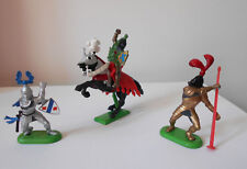 Britains Knights - 3 pieces Knight on horse, 1971