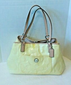Coach Signature Patent Leather Yellow Embossed Purse 3 Compartments F25487