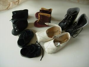 5 PAIRS OF SHOES FOR DOLLS.