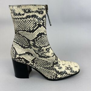 Chloé Chalk Grey Snakeskin Leather Ankle Front Zippered Block Heeled Boots UK4.5