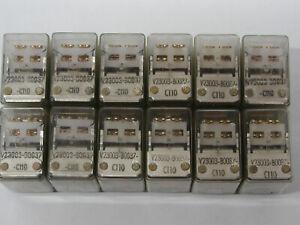 12 Stück Siemens Kammrelais bistabil V23003-B0037-C110 mit vier Wechslern