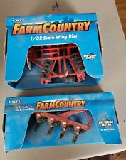 ertl 1/32 farm country wing disc & 6 bottom plow new in box 1998