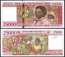 MADAGASCAR 25.000 25000  Francs 1998 UNC P 82