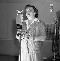 OLD CBS RADIO TV PHOTO Radio Program Forecast & Eileen Farrell soprano singer 2