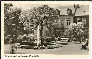 Ansichtskarte Brotterode - Platz der Jugend mit HO-Gaststätte und Brunnen - s/w