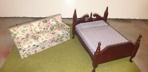 Dolls House 3 Seater Settee And Bed