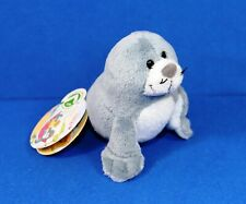 NICI Seehund Robbe Baby Sunny Holiday Plüsch grau weiß 15 cm NEU