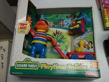 Sesame Street ERNIE 2000 PLAYTIME TALKER Toy Wagon Rubber Ducky Train* NEW