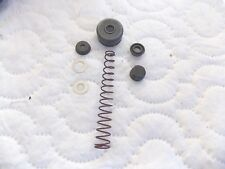 SAAB 9000 99 900 93 CLUTCH MASTER CYLINDER REPAIR KIT 8993156 with spring