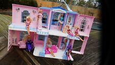 Barbie Grand Hotel  + 8  Dolls