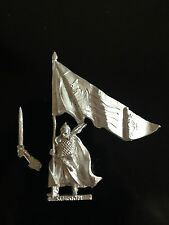 Warhammer Lord of The Rings LOTR - Rohan Command Banner Bearer Metal OOP