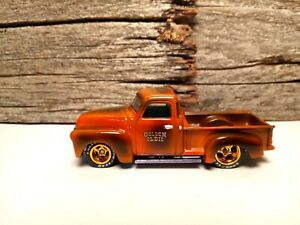 "1/64 2021Hot Wheels BEAUTIFUL Custom 1952 Chevy pickup truck ""GOLDEN OLDIE' R/R"