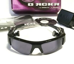 RARE OAKLEY O ROKR BLUETOOTH SUNGLASSES Black w/ Silver Icons & Grey Lenses