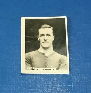 CREWE ALEXANDRA FOOTBALL CLUB 1920s PINNACE B+W PHOTO CARD W GOODWIN # 1201 CAFC